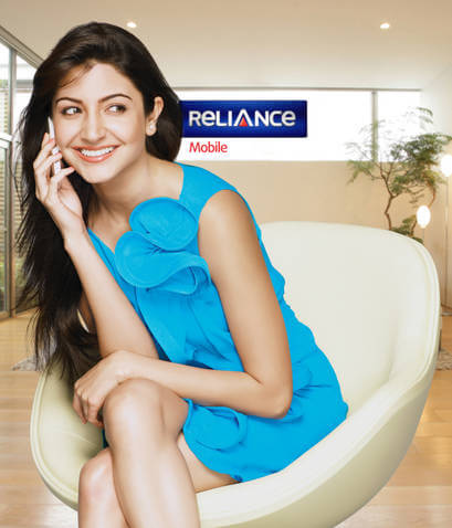 Anushka-Sharma-is-Reliance-Communications-New-Brand-Ambassador